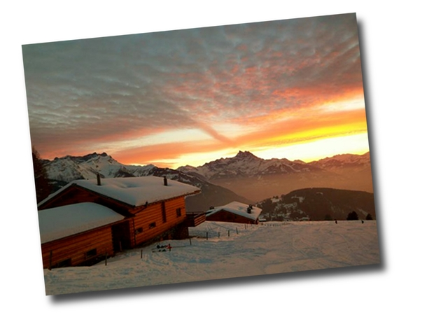 External views of the chalet le ruisseau in the sunset with facing the alps